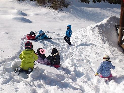 合流して雪遊び♪