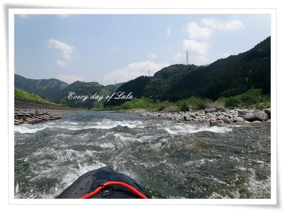 川の流れに201404