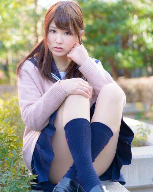 【画像】垣内麻里亜 19歳女子大生が中学の時の制服を着てみた結果