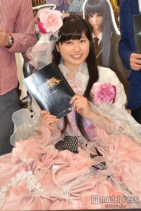 """ももクロ・佐々木彩夏、車いすでアフレコ 今度は""""ロボ""""から""""お姫様""""に"""