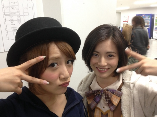 【AKB48】AKB新メンバーの塚本まり子(37歳) 可愛すぎて大人気 「脚キレイ」「まりりたまんねえ」とファン絶賛