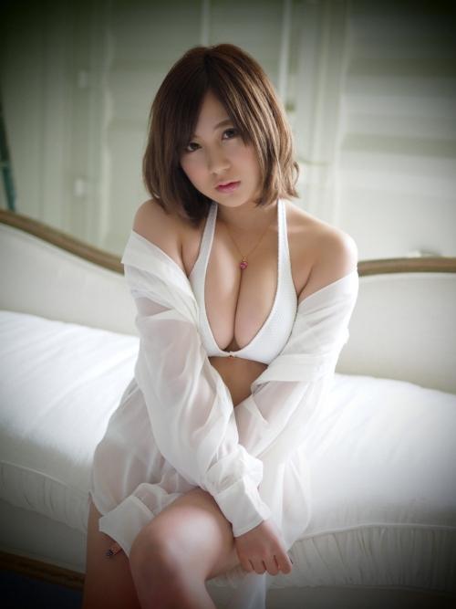 【AKB48】元AKB 小野恵令奈(20) おっぱい巨乳化むっちりボディが話題に 豊胸疑惑も