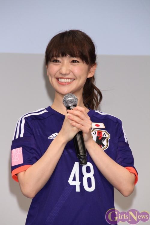 【AKB48】大島優子(25) Tバック露出でサッカーW杯現地リポート