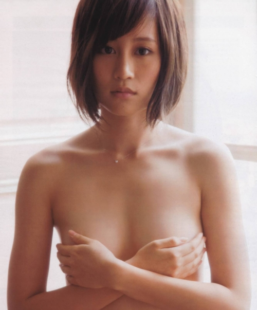 前田敦子(23) R指定映画に出演も、予定された全裸ベットシーンは事務所NGでカット 監督に逆ギレし控え室に立てこもることも