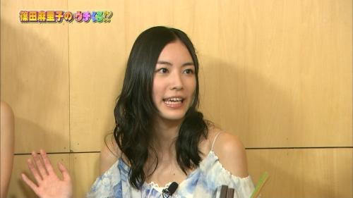 松井珠理奈(17) テレビ番組で映ったサンダルが13万円と特定され批判の声 「金銭感覚おかしい」「こんな女子高生イヤだ」