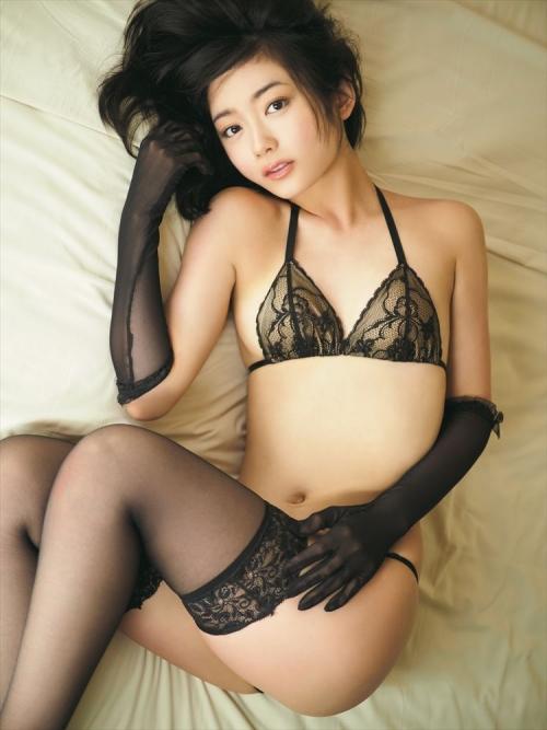 セクシーで大人なすぅちゃんに会える…森田涼花の最新イメージDVD&Blu-ray「夏色涼花」がリリース