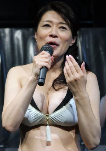 46歳熟女歌手・北山みつき ビキニで悩殺イベント