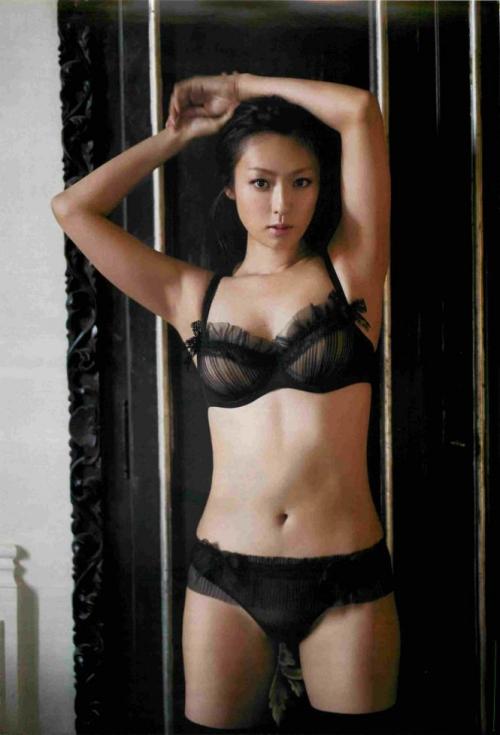 深田恭子に囁かれる「ヌード披露」の噂 沢尻エリカ『ヘルタースケルター』に刺激を受ける