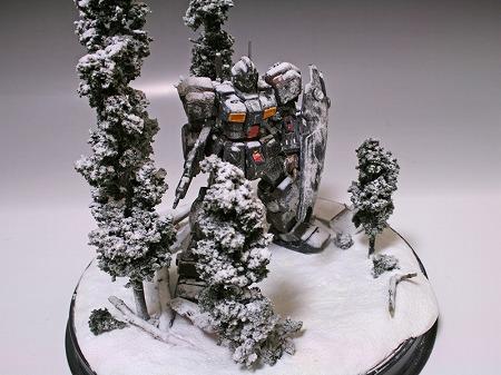 HG ジムクゥエル(雪原 ジオラマ)
