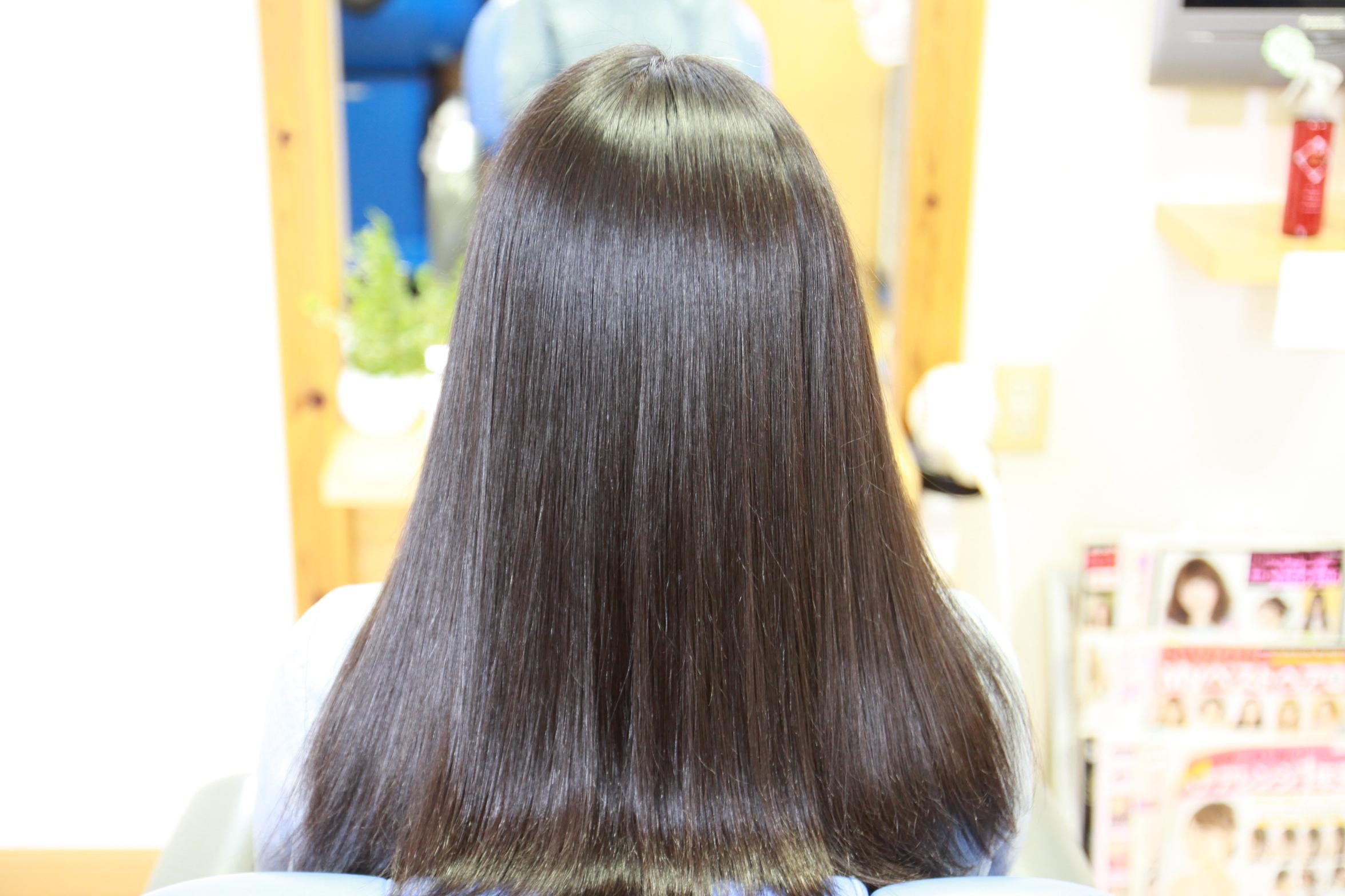 縮毛矯正 黒髪ロングヘア