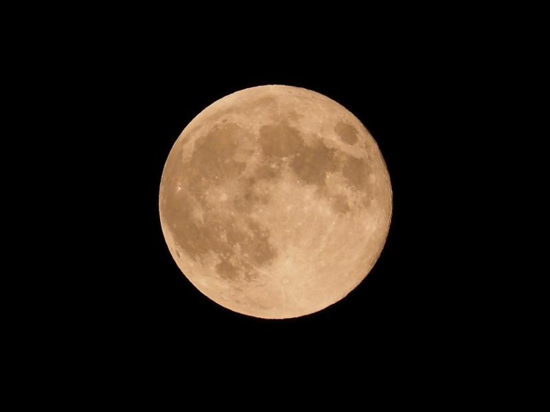 s-moon_0001f.jpg