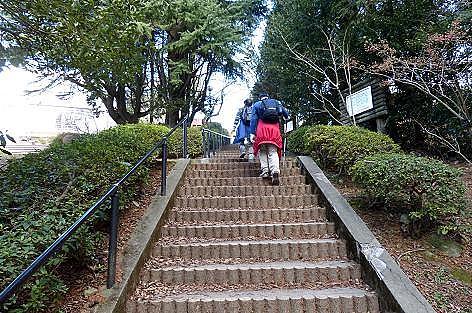 階段を上がり♪