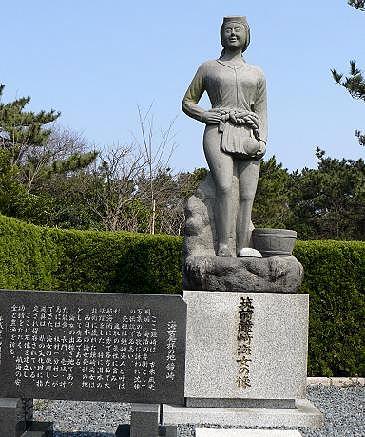 鐘崎の海女の像♪