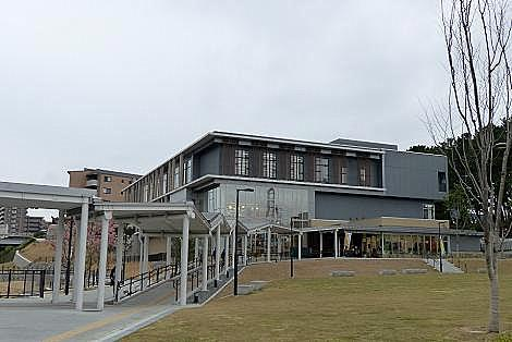 八幡西図書館♪