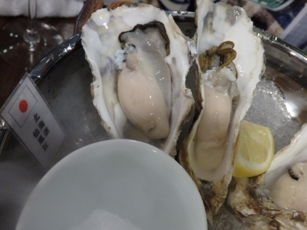 Fresh Oyster Table (37)