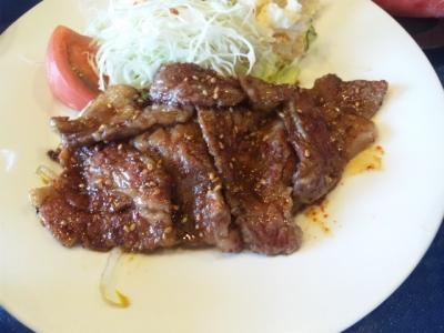 140826焼肉や大善和牛カルビ定食700円カルビたっぷり
