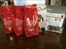こないだたのんだアイスコーヒーメーカー福袋と水出しコーヒーパックが届いた。