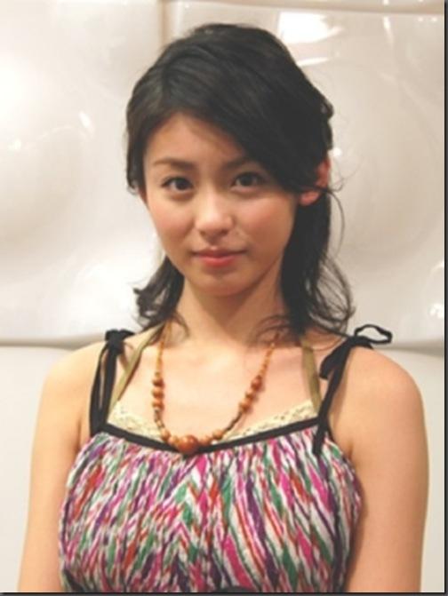yuikazaq1.jpg