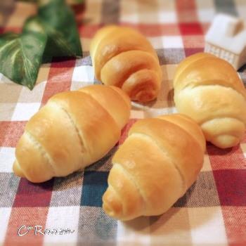 ミルクロールパン