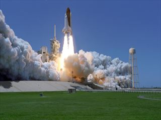nasa space shuttle launch_only_pic_R
