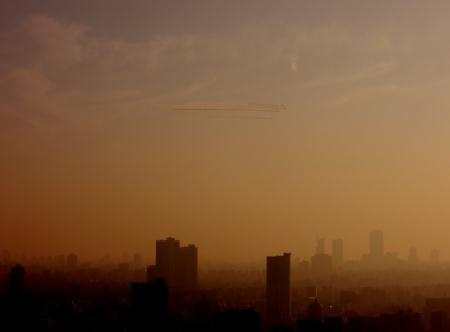 東京上空にブルーインパルス!南千住からの画像