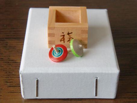 江戸趣味小玩具の枡と独楽