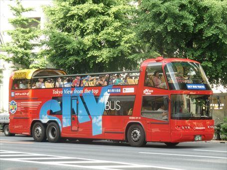 乗り降り自由の「SKY BUS」も浅草へ