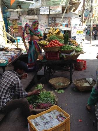 ウダイプルの野菜売り