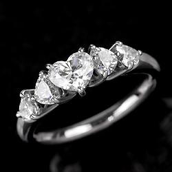 ハートフルダイヤモンドリング