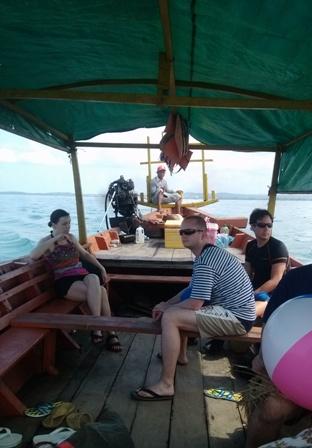 SHV_boat2.jpg