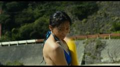 杏「真夏の方程式」紐ビキニ画像4