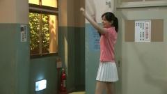 石橋杏奈ミニスカテニスウェア画像1
