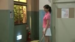 石橋杏奈ミニスカテニスウェア画像4