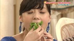 倉科カナの飲食シーン画像