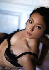 深田恭子透け透けブラジャー画像