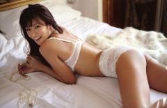 深田恭子透けブラ透けパン画像