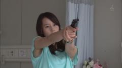 堀北真希婦人警官の脇画像5