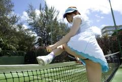おかもとまりTバックテニスウェア画像