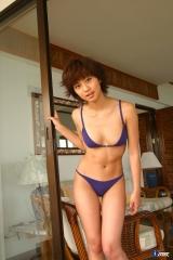 安田美沙子極小ビキニ画像1