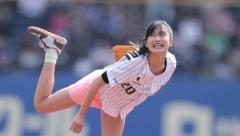 小島瑠璃子始球式画像4