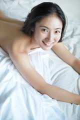 紗綾パンツ1枚セミヌード画像4