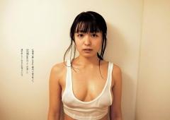 川村ゆきえノーブラ濡れTシャツ画像2