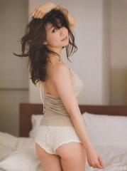 大島優子手ブラセミヌード画像4