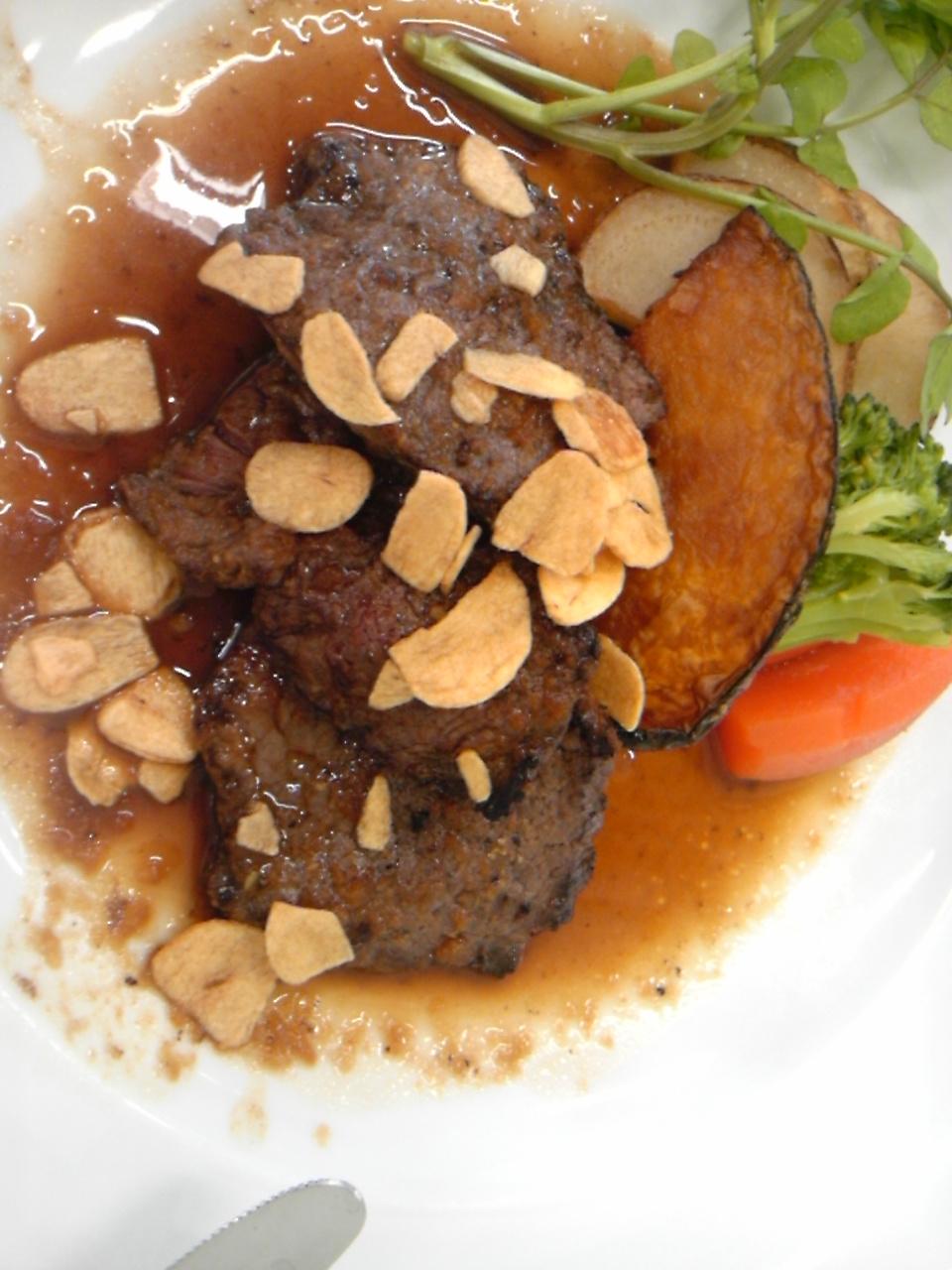 鹿肉ステーキ