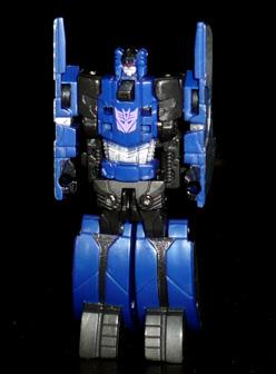 ディセプティコン 特殊破壊兵 フレンジー ロボットモード
