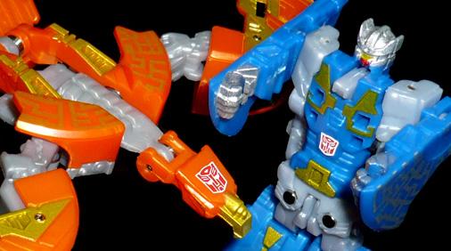 オートボット諜報部隊 リワインド&サンドル ロボットモード