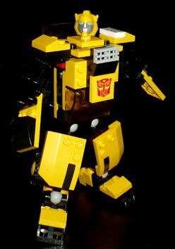 オートボット バンブルビー ロボットモード