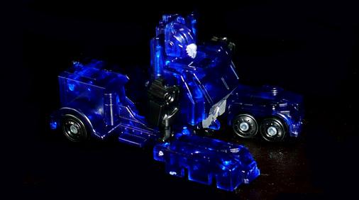 EZ オートボット オプティマスプライム クリアVer, アニマルモード