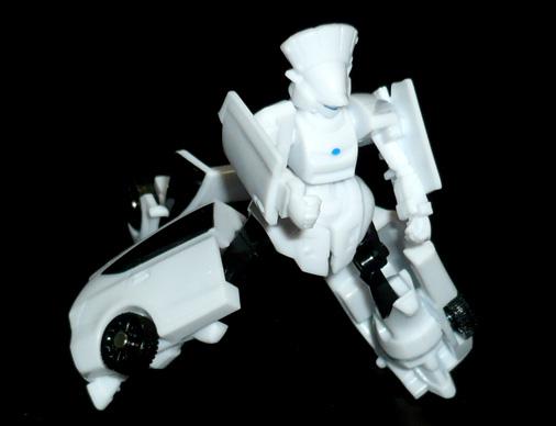 ジャイロゼッター トヨタ プリウスα ロボットモード