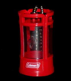 KIRIN FIRE 歴代コールマン ランタンキーホルダー CPX6® クアッド®LED ランタン